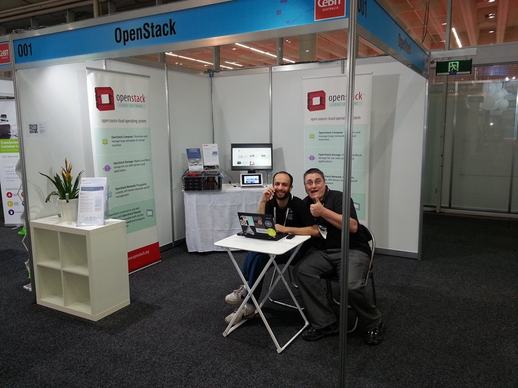 aptira staffs openstack booth at cebit